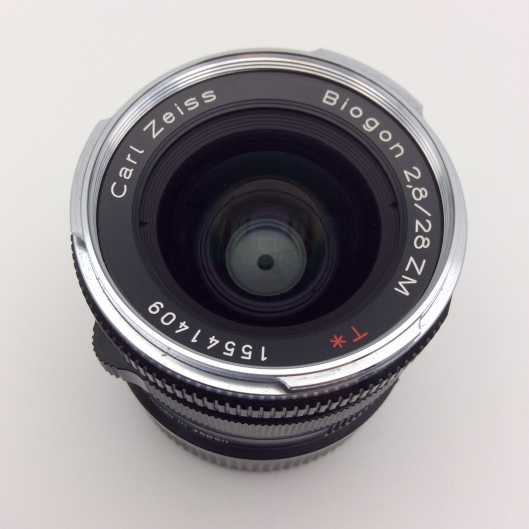 Carl Zeiss 28mm f2.8 Biogon T*