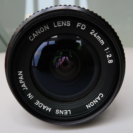 Canon 24mm f2.8 New FD